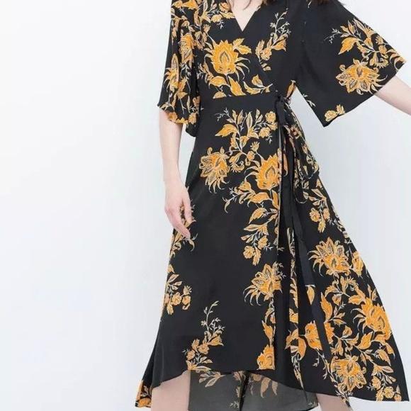 Zara Dresses & Skirts - Zara Womens Floral Kimono Wrap Dress Size S
